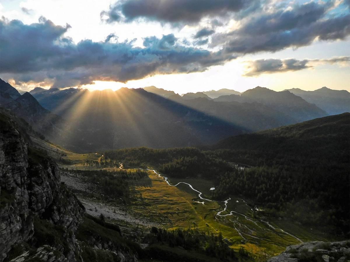 Il primo sole sopra la Buscaglia