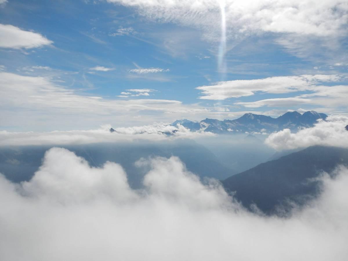 Montagne dalla cima del Boni