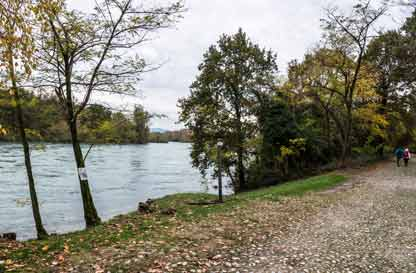 Verso il fiume azzurro - A spasso con la guida